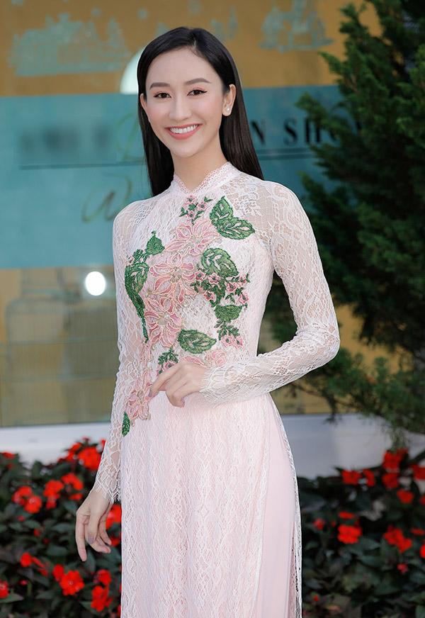 Vân Trang lên Đà Lạt diễn show của Hằng Nguyễn - ảnh 5