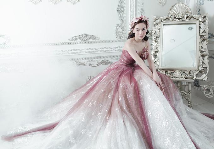 Hồ Ngọc Hà sẽ là một trong ba vedette diễn show Mirror Mirror của nhà thiết kế Anh Thư tại TP HCM.