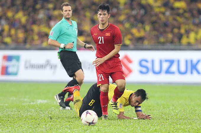 Đình Trọng chơi rất tốt trong trận chung kết lượt đi AFF Cup 2018 với Malaysia. Ảnh: Đức Đồng.