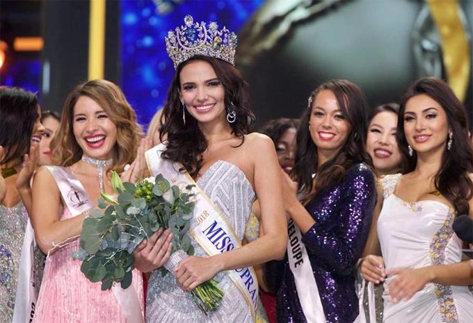 Tại cuộc thi Miss Supranational 2018 (Hoa hậu Siêu quốc gia lần thứ 10) vừa diễn ra cuối tuần trước, người đẹp 24 tuổi Valeria Vazquez đã mang về vương miện hoa hậu cho quốc gia Puerto Rico. Với chiến thắng này, Puerto Rico là nước đầu tiên chinh phục cả 5 đấu trường sắc đẹp uy tín nhất thế giới (Big 5). Trước đó, các cô gái ở quốc đảo vùng Caribbe đã giành ngôi vị hoa hậu ở cả 4 cuộc thi: Hoa hậu Hoàn vũ, Hoa hậu Thế giới, Hoa hậu Quốc tế và Hoa hậu Hòa bình quốc tế.
