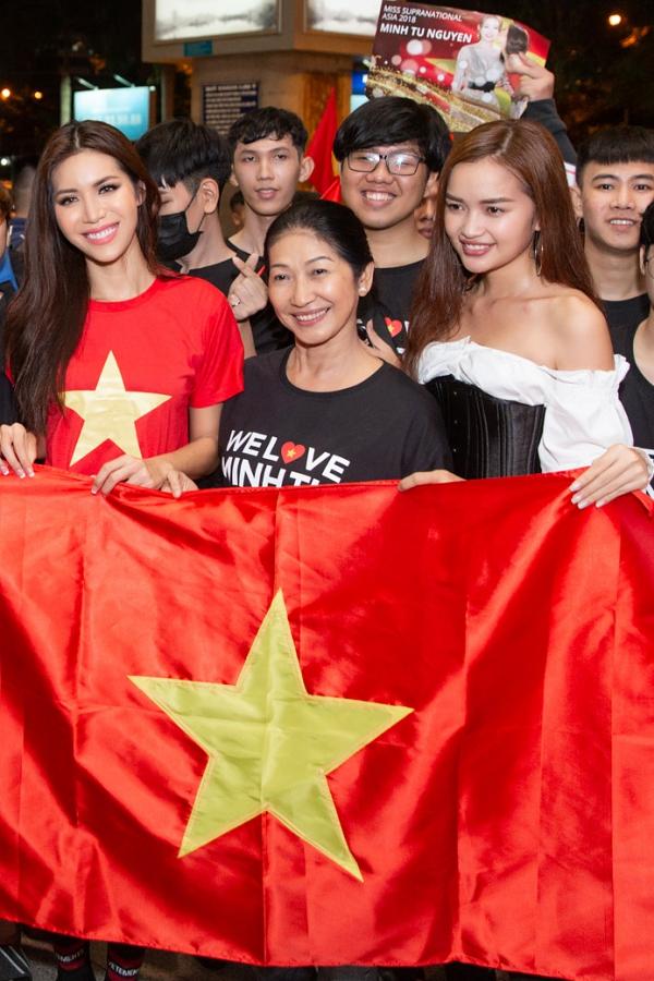 Minh Tú rủ fan đi bão ngay khi trở về từ Miss Supranational - 4