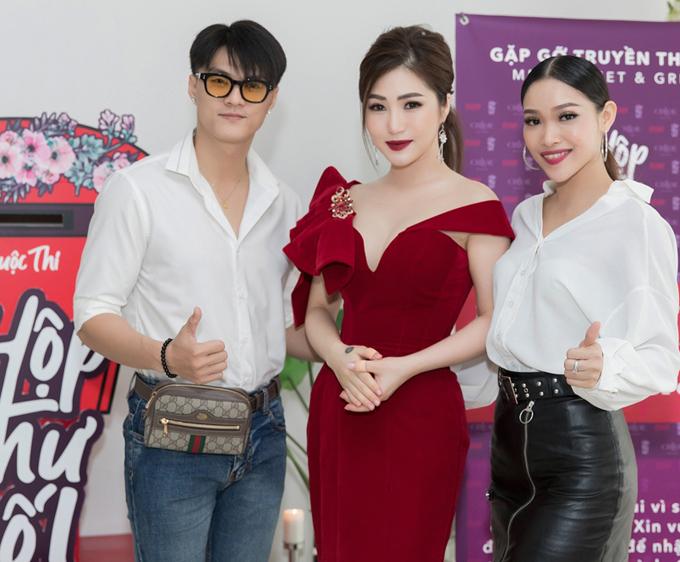 Lâm Vinh Hải và đồng nghiệp Ngọc Linh (phải) hỗ trợ Hương Tràm trong liveshow sắp tới.