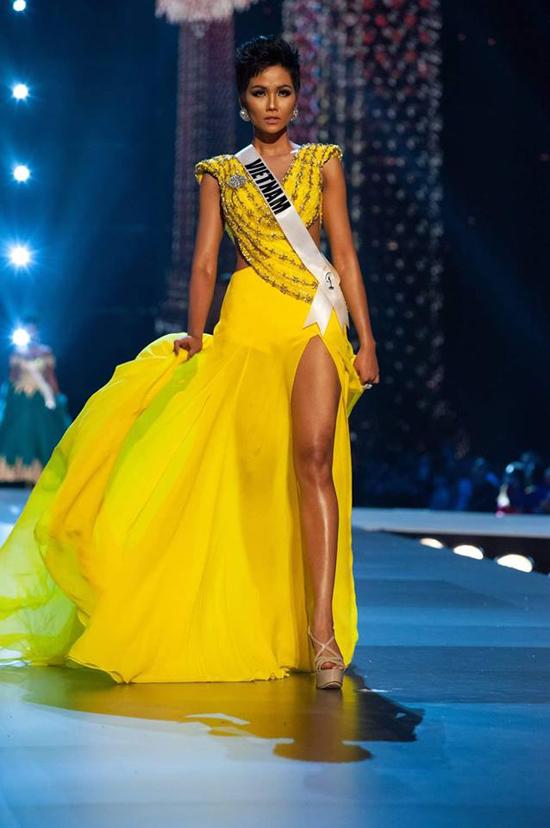 Những bộ cánh giúp HHen Niê tỏa sáng tại Miss Universe 2018 - 10