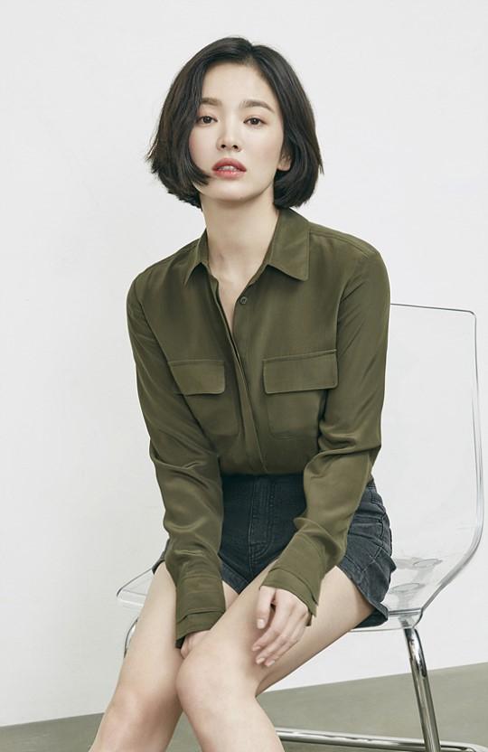 Song Hye Kyo trên tạp chí khác xa đời thực - 5