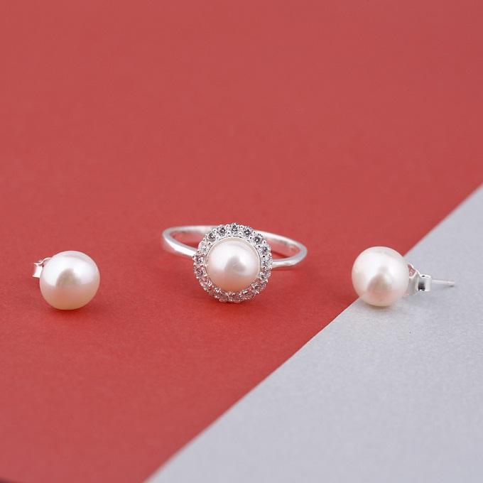Opal- Bộ gồm nhẫn bạc và hoa tai ngọc trai