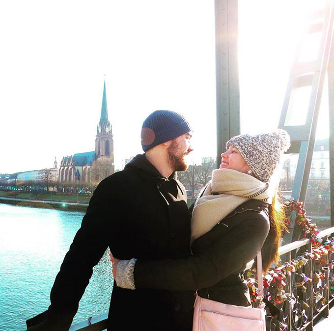 ...Cùng nhau tới cây cầu khóa tình yêu ở Eiserner Steg, Đức