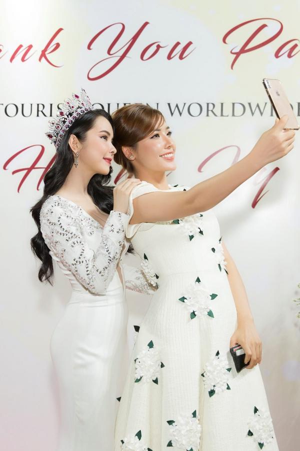 Hoa hậu Huỳnh Vy diện váy xẻ ngực lấn át Khánh Phương - ảnh 3