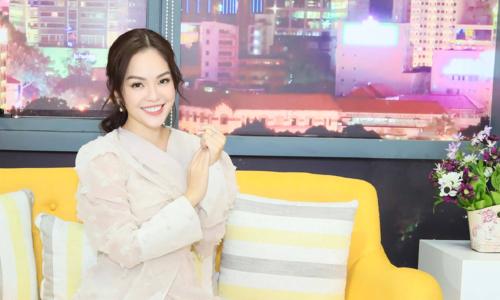 """Dương Cẩm Lynh: """"Nếu không yêu và vương vấn hoài thì cái khổ cho cả hai"""""""