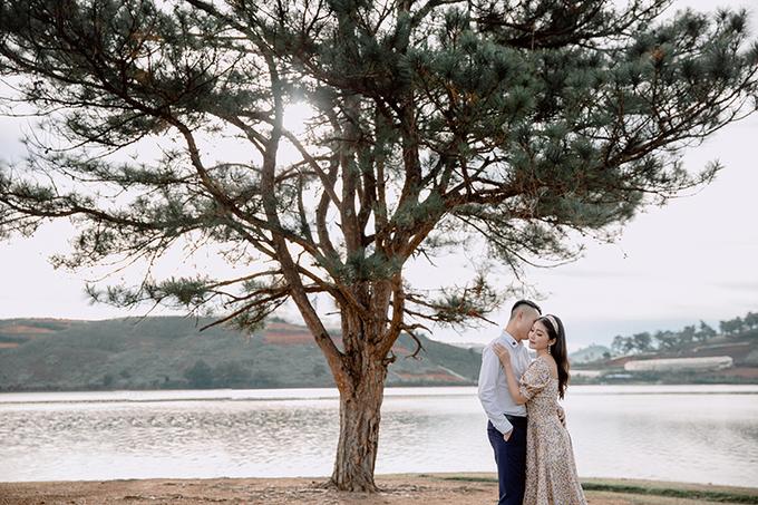 Ảnh cưới chụp tại Đà Lạt của em vợ Tuấn Hưng và bà xã diễn viên