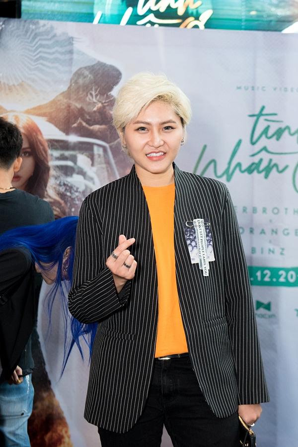 Ca sĩ Vicky Nhung gửi lời chúc MV Tình nhân ơi đạt được nhiều thành công mới.