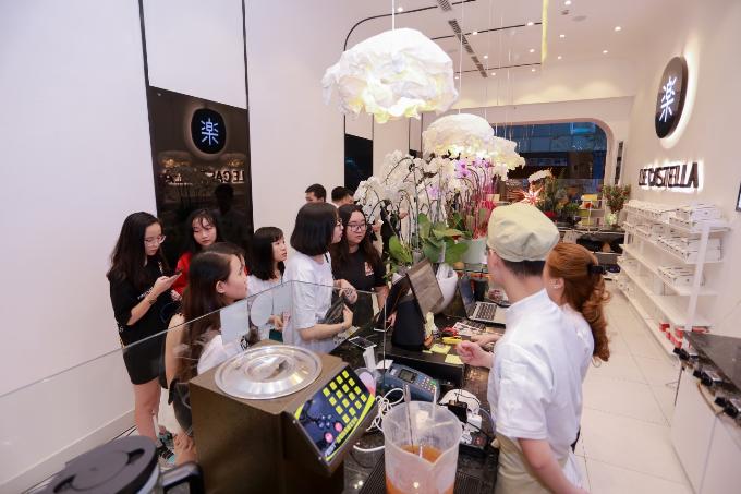 Isaac dự khai trương cửa hàng Le Castella Premium đầu tiên - ảnh 4