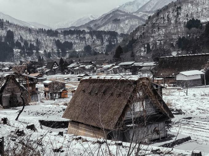 Chuyến đi trong mơ tới ngôi làng cổ tích của chàng phượt thủ 9X người Việt - ảnh 8