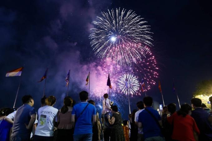 Điểm đón năm mới cho dân Sài Gòn không đi chơi xa - ảnh 3