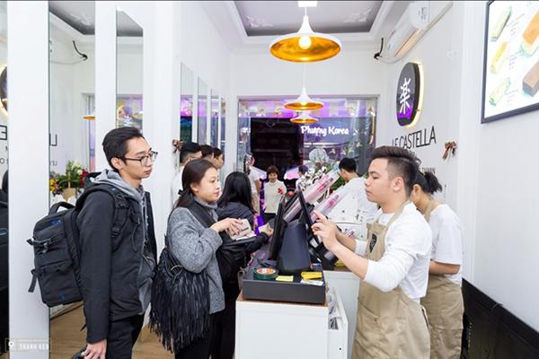Yanbi, Yến Lê biểu diễn tại buổi khai trương cửa hàng Le Castella Bắc Ninh - ảnh 4