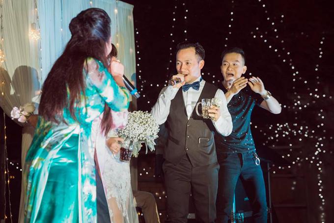 Tiến Đạt lần đầu khoe ảnh hôn lễ tại Bình Thuận - 7