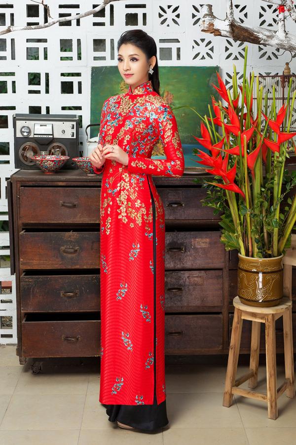 Áo dài tôn dáng cho cô dâu mùa xuân - 1