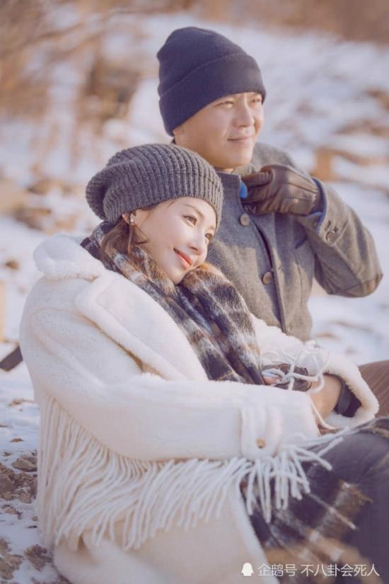 Hiện tại, không chỉ giúp chồng vực dậy sau khó khăn, Lưu Đào còn trở thành triệu phú. Cô là diễn viên được yêu chuộng trên màn ảnh, là gương mặt quảng cáo của nhiều thương hiệu quốc tế, được chào đón tại các show truyền hình.