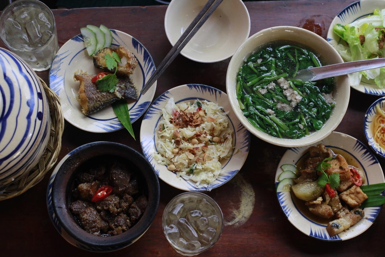 Tiệm cơm xưa ở Đà Lạt