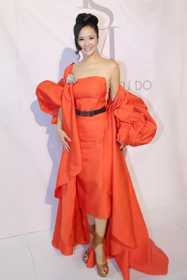 Yêu nữ nhiều túi Hermes nhất thế giới khoe dáng với dàn mỹ nhân Việt - 1