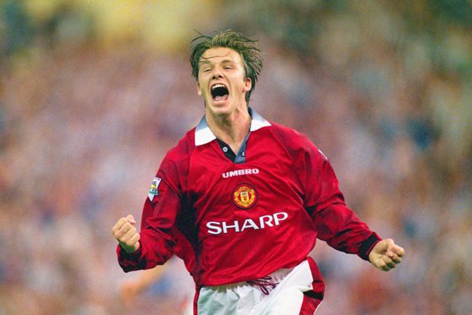 David Beckhamký hợp đồng đào tạo với câu lạc bộ Manchester United vào mùa hè năm 1991 khi mới 16 tuổi. Chưa đầy 2 năm sau đó, Beckham ký hợp đồng chơi chuyên nghiệp cho Manchester United và gắn bó với câu lạc bộ này suốt hơn 1 thập kỷ, ghi được 85 bàn thắng trong 394 trận ra sân.