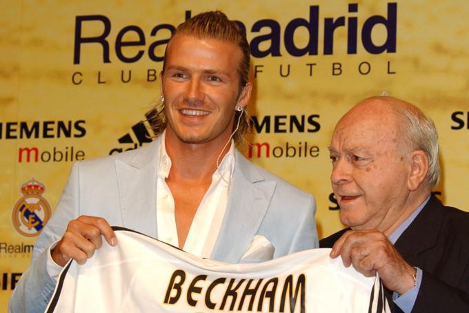 Sau đó, David rời sânOld Trafford và ký hợp đồng 4 năm trị giá 41 triệu USD với câu lạc bộ Real Madrid vào mùa  hè năm 2003.