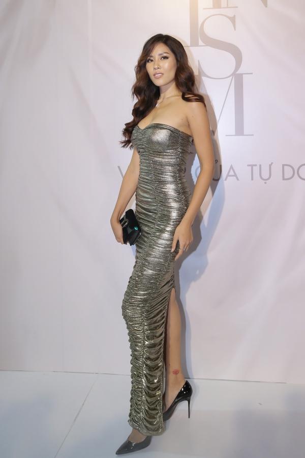 Yêu nữ nhiều túi Hermes nhất thế giới khoe dáng với dàn mỹ nhân Việt - 7