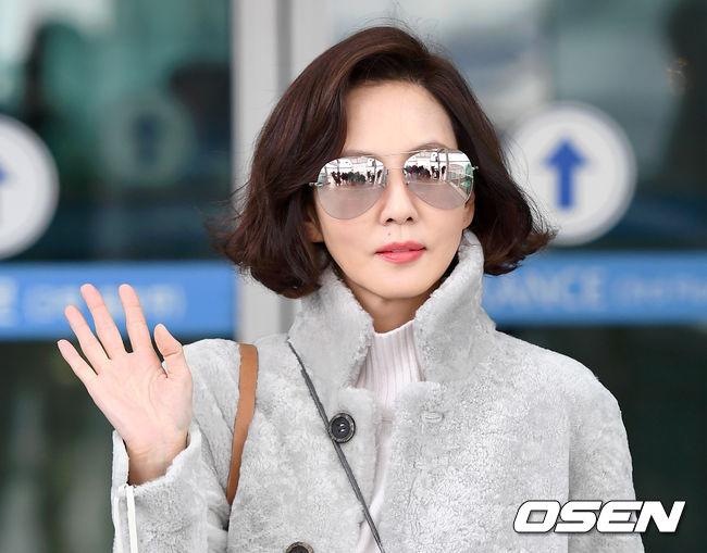 Kim Nam Joo tuổi 47 da không nếp nhăn - 2