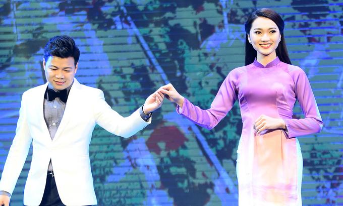 Bạn gái tin đồn Phan Văn Đức diễn áo dài cho Ngọc Hân - 1