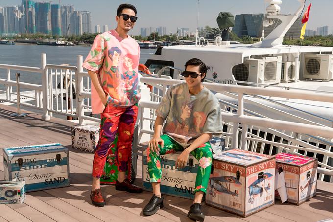 Hình ảnh biệu tượng của năm Kỷ Hợi được phối hợp nhẹ nhàng cùng gam màu hồng, xám, xanh lá. Họa tiết pop art được bố trí chặt chẽ để mang tới các mẫu trang phục vừa có ý nghĩa vừa thể hiện được tính xu hướng trong thời trang.