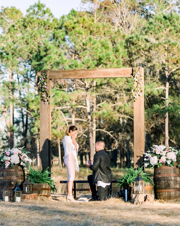 Không gian lãng mạn nơi Tim Tebow quỳ gối hỏi cưới Demi.