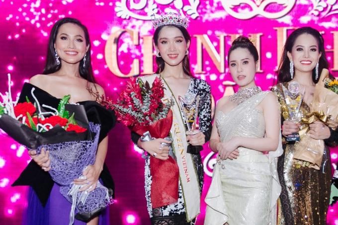 Thiên thần chuyển giới diện áo dài khoe sắc bên Hương Giang - 10
