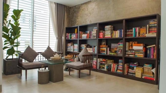 Biệt thự 20 tỷ đồng đầy sách và đồ cổ của Hồ Quang Hiếu - ảnh 5