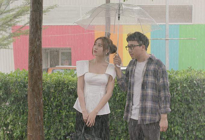 Phim có nhiều khoảnh khắc lãng mạn và hài hước.