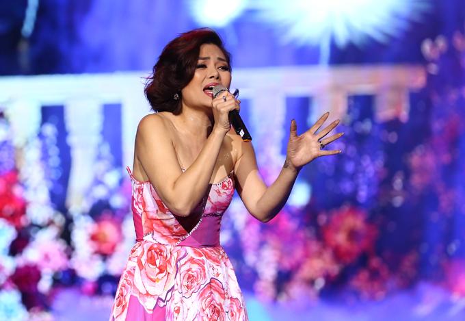 Trở lại sân khấu quê hương, Ngọc Anh 3A khoe chất giọng nồng nàn qua hai sáng tác của Phú Quang, Nỗi nhớ mùa đông, Một mình.