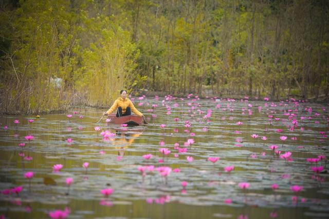 Đường vào suối Yến - chùa Hương mộng mơ. Ảnh: HV Nhiếp ảnh Ánh sáng