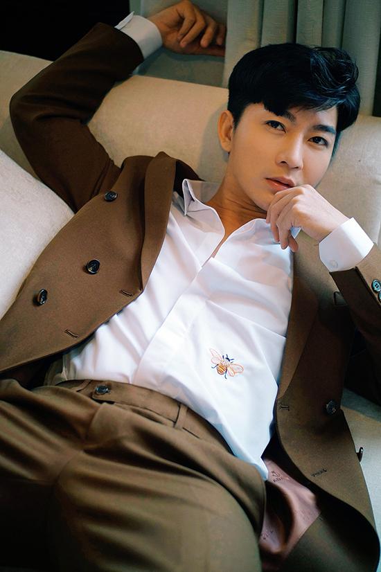 Nam Hee là một trong những VJ đời đầu của các chương trình âm nhạc thu hút sự quan tâm của giới trẻ. Anh gây ấn tượng bằng phong cách năng động, ảnh hưởng từ các thần tượng xứ Hàn.