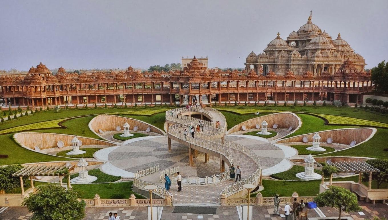 Hoàng hôn đẹp như cổ tích ở đền Hindu lớn nhất thế giới
