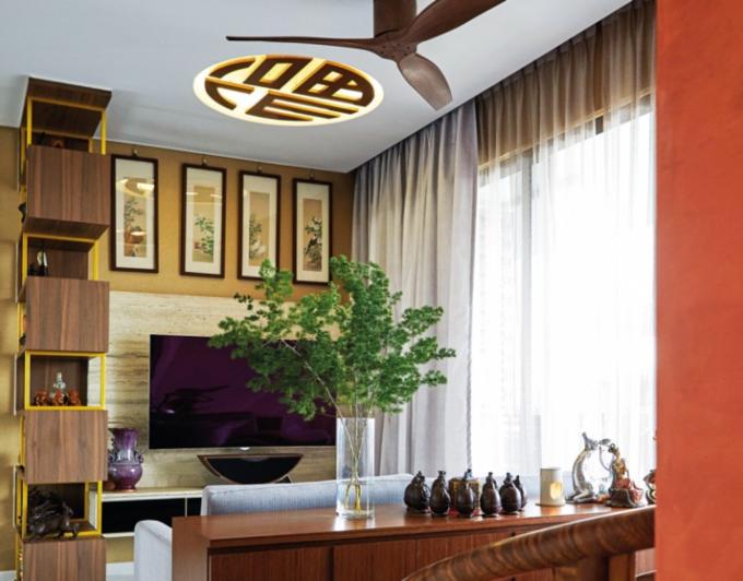 Vị trí đặt từng món đồ trong căn hộ của Wilfred đều tuân theo quy tắc nhất định.
