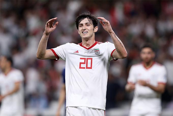 Sardar Azmoun thất vọng khi không thể chọc thủng lưới Nhật Bản trong trận bán kết Asian Cup 2019. Ảnh: FSA.