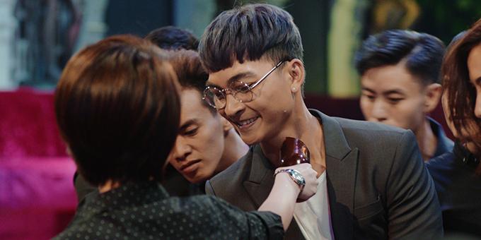 Khương Ngọc vào vai Bi Long có tâm lý bất thường.