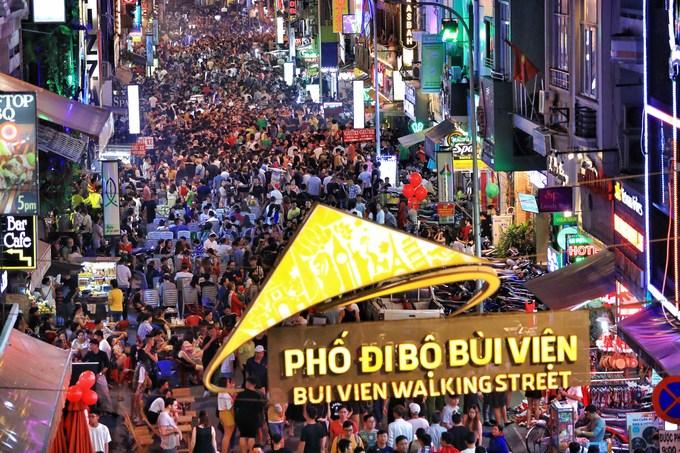 3 điểm chơi xuyên đêm ở Sài Gòn cho người không đi xem pháo hoa - 2