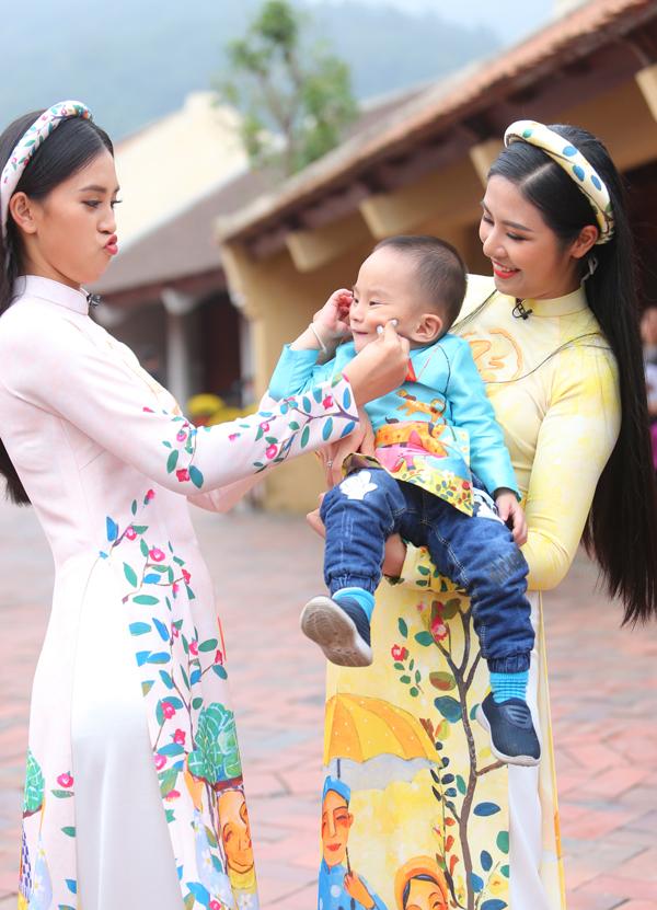 Ngọc Hân, Tiểu Vy ghi hình chương trình ngày 30 Tết - 3