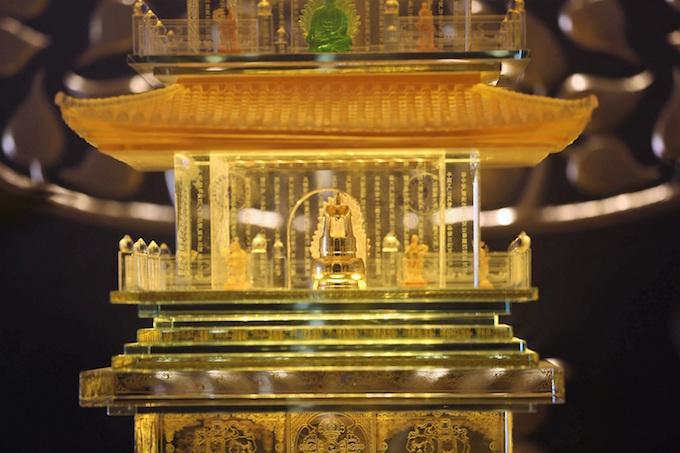Dáng chùa Việt trên đỉnh trời Đông Dương - 12