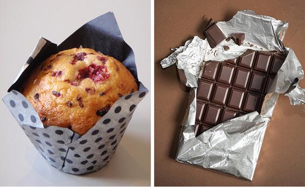 Thay thế đồ ngọt bằng những thực phẩm lành mạnh Nếu thèm một chút đồ ngọt, hãy ăn chocolate đen thay vì bánh muffin. Lựa chọn đúng nguồn thực phẩm giúp bạn giảm thiểu lượng calories nạp vào.