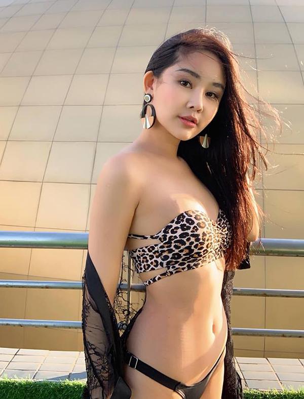 Ngân Anh mặc bikini, khoe thân hình thắt đáy lưng ong - 2