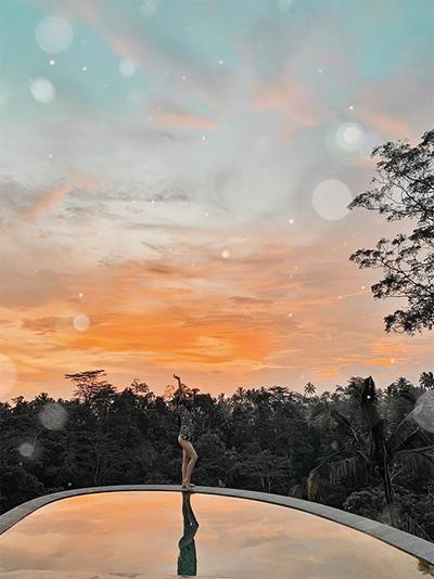 Ngoài khu bubble này, cô nàng 9X dành phần lớn thời gian để khám phá các điểm đến mới lạ, ít được khách du lịch thông thường khai phá. Kim phải công nhận rằng, Bali thực sự là thiên đường sống ảo mọi góc mọi nơi, đi mà quên lối về.