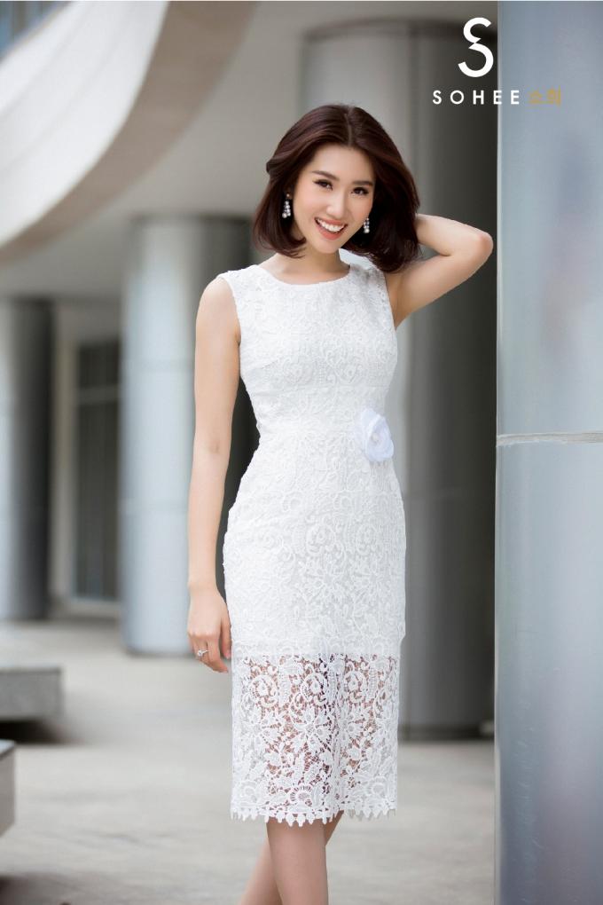 Thúy Ngân Gạo nếp gạo tẻ đẹp yêu kiều với trang phục Sohee - 7