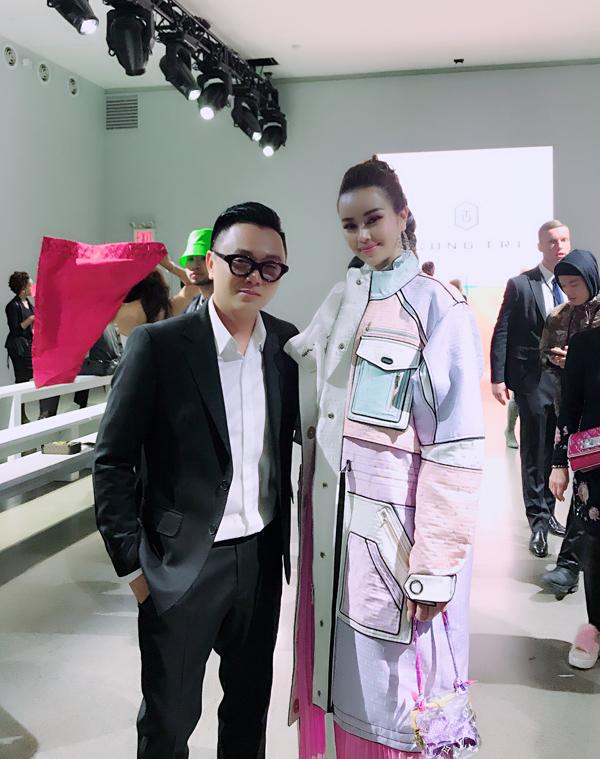 Sella Trương biến hóa phong cách dự NewYork Fashion Week