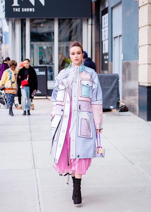 Sella Trương biến hóa phong cách dự NewYork Fashion Week - 1