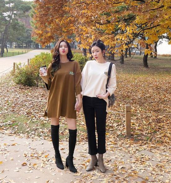 Váy thun oversize có thể sử dụng cùng short theo mốt giấu quần hoặc diện cùng quần skinny gợi cảm.